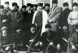 Mustafa Kemal,Ethem Bey ve adamları